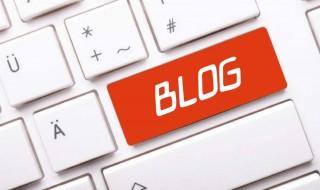 bloggolás